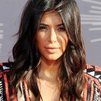 A Beleza de Kim Kardashian