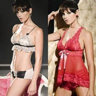 Fotos de Ashley Greene Usando Lingerie