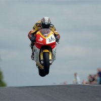 Isle of Man TT: a Corrida de Moto Mais Insana do Mundo